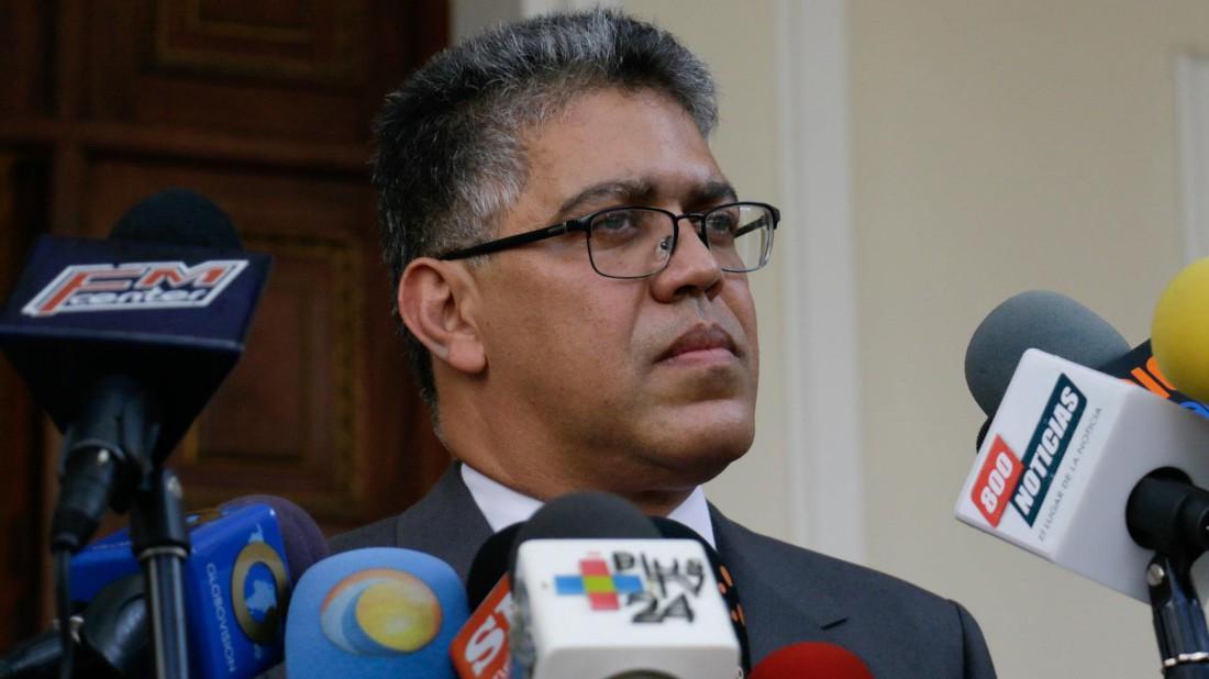 Elías Jaua anuncia inicio del año escolar para la segunda semana de septiembre