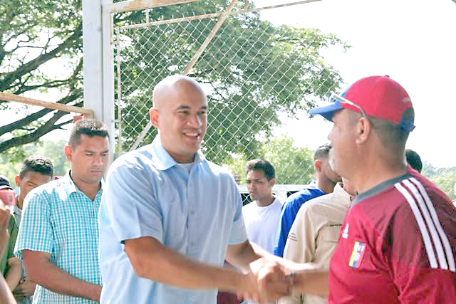 Héctor Rodríguez ofrece plan de  desarrollo económico para Miranda