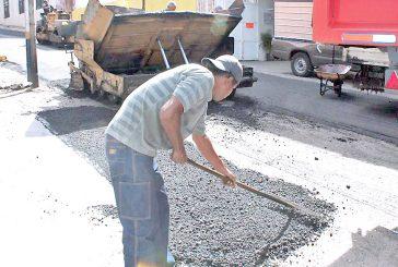 Han colocado más de 1.600  toneladas de asfalto en Carrizal