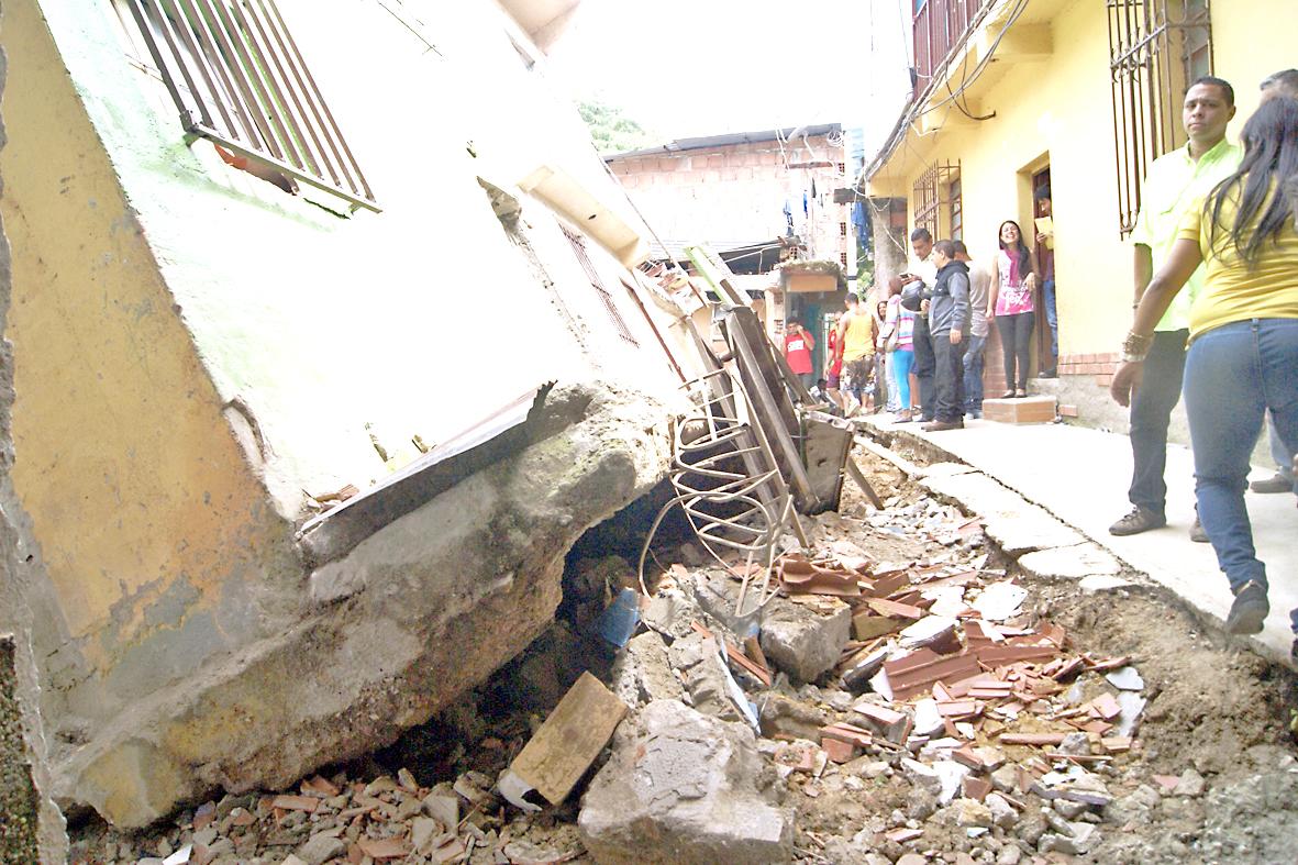 186 casas en Miranda  afectadas por lluvias