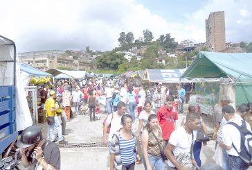 Tequeños buscan economía  en mercados populares
