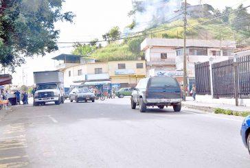 Recuperan vehículo  abandonado en Lagunetica