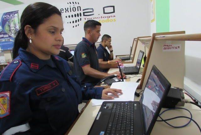 Bomberos de Miranda continúan atentos ante las lluvias en la entidad