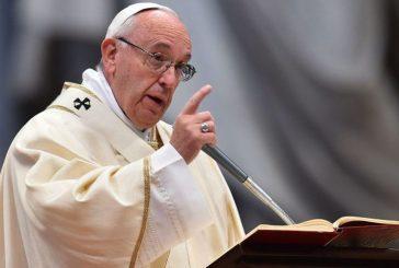 """Papa Francisco pidió eliminar toda """"forma de subordinación"""" de la mujer"""