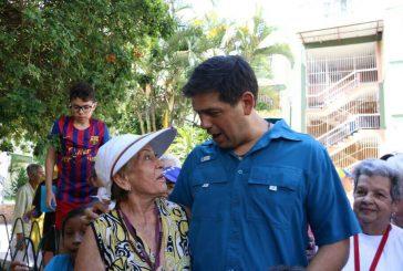 Carlos Ocariz visitó El Barbecho