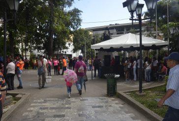 Plaza Bolívar, epicentro de celebración