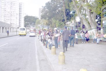 En Lagunetica sufren con el transporte