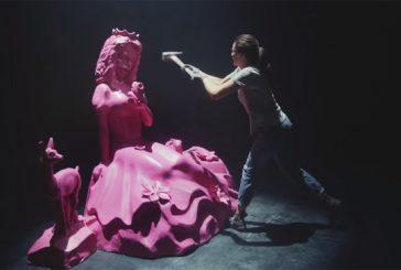 Este spot lucha a martillazo contra los clichés de género