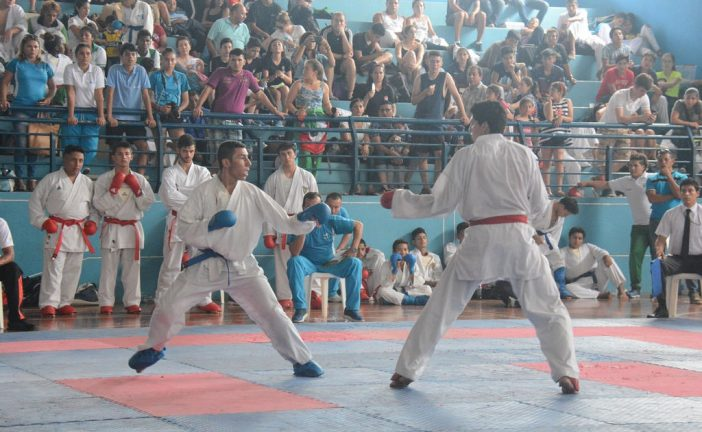 Cinco atletas venezolanos participarán en mundial de karate juvenil