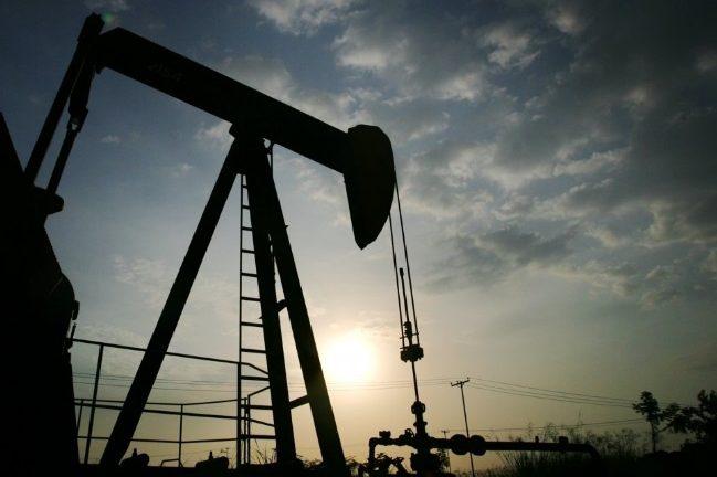 Precio del petróleo venezolano sube, cierra la semana en 50,49 dólares