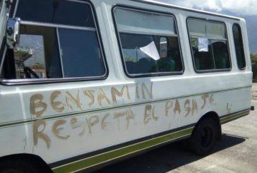 Estudiantes de la ULA protestan en rechazo al aumento de pasaje