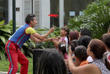Villa Teola celebra su  mes aniversario con teatro