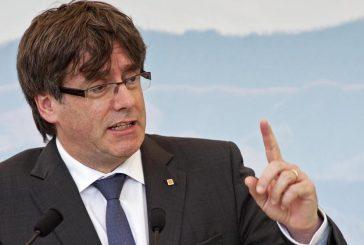 Fiscalía española pide orden de arresto contra Puigdemont