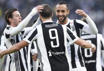 Triplete de Higuaín en goleada de la Juve