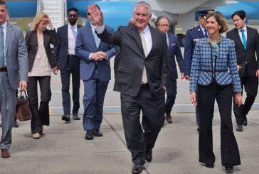 Llegó a Colombia Secretario de Estado de EEUU para tratar acuerdos de paz