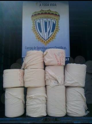 Presos tres hombres por sustraer  mercancía de compañía textil