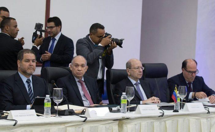 """MUD retomará el diálogo exigiendo """"elecciones libres"""""""