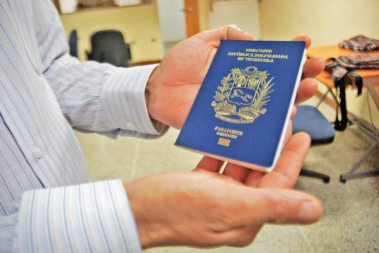 Presos cuatro funcionarios del Saime por chanchullos con pasaportes