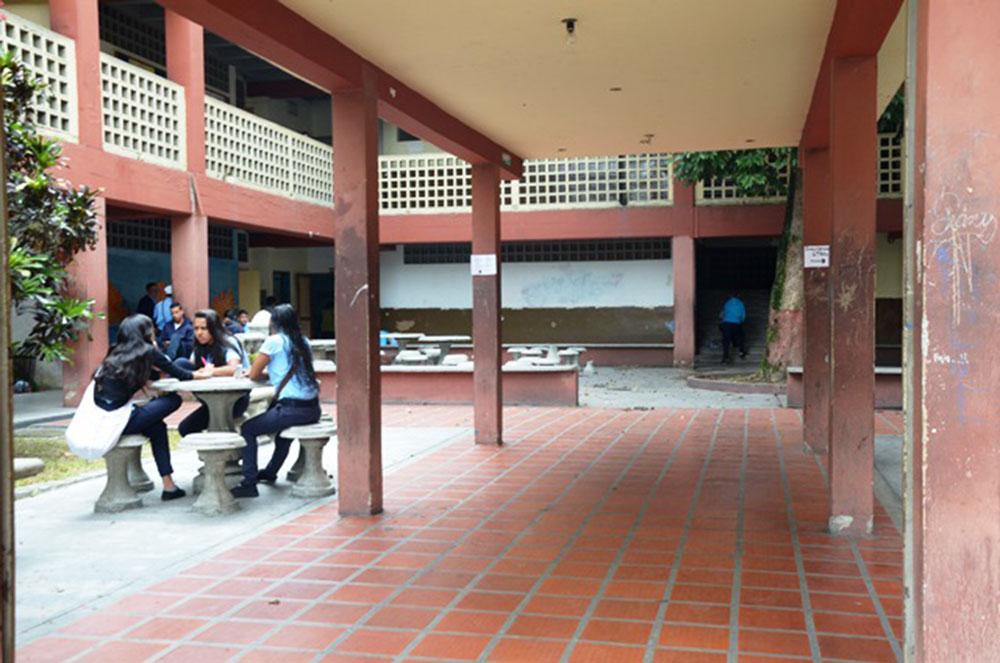 En el aire pasantías de 36 alumnos del Muñoz Tébar