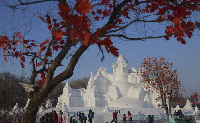 Harbin inaugura su Festival de Hielo, uno de los mayores del mundo