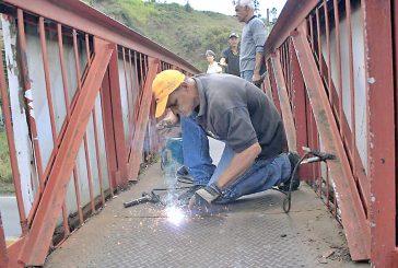 Iniciaron labores de reparación  en pasarela del Km 18