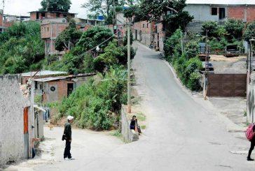 Matan a dos hombres y queman  moto en Retamal