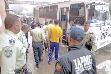 Trasladan a 15 Privados de libertad de Poliguaicaipuro