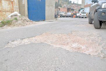 Monte, derrumbe y mala vialidad aquejan a El Nacional
