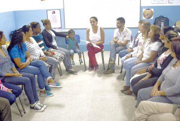 En la Uptamca se impartió  taller sobre parto humanizado