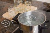Cómo esterilizar frascos de vidrio para conservar alimentos