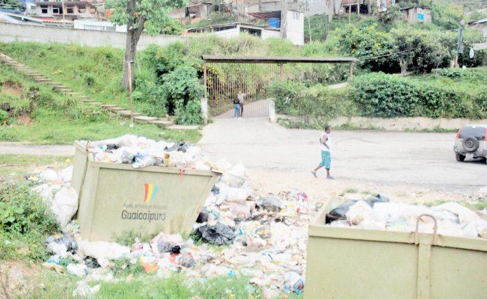 Denuncian fallas en la recolección  de basura en Los Teques