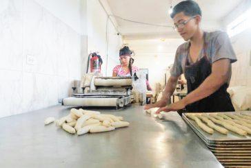 Vigilan que panaderías  respeten precios acordados