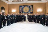 Obispos chilenos presentaron su renuncia al papa Francisco