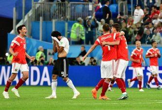 Rusia hace historia y se clasifica a octavos al vencer 3-1 a Egipto
