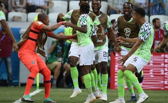 ¡Argentina respira! Nigeria supera 2-0 a Islandia