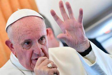 Enviados del papa a Chile cumplen última jornada de reuniones con víctimas