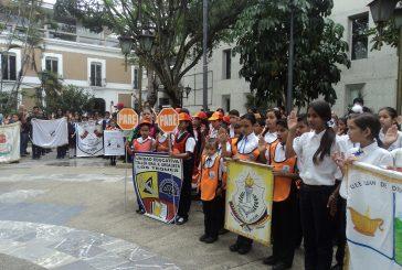 Brigadistas escolares son juramentados en Plaza Bolívar