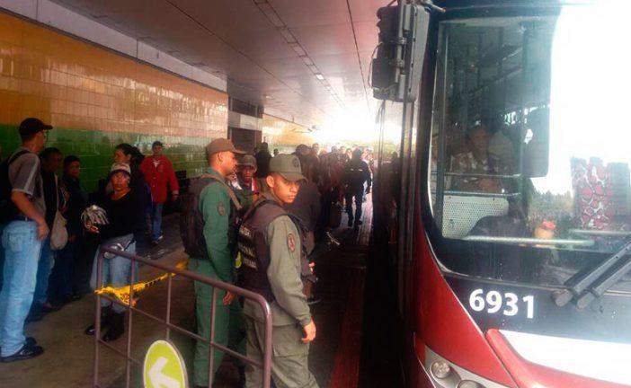 Habilitan ruta especial de Metrobús ante falla de Línea 2 del Metro