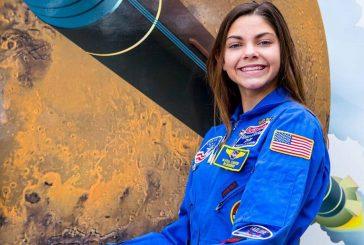 Joven de 17 años es entrenada por la NASA y podría pisar Marte en 2033