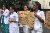 Trabajadores del J.M. de los Ríos exigieron a las autoridades respuesta a sus demandas
