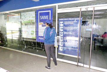 Hasta 12 horas en cola para sacar el pasaporte en Saime de Superlíder