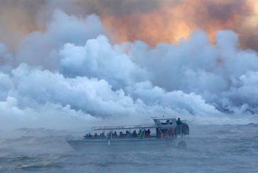 Al menos 23 personas heridas en un barco turístico en Hawái por una explosión de lava volcánica