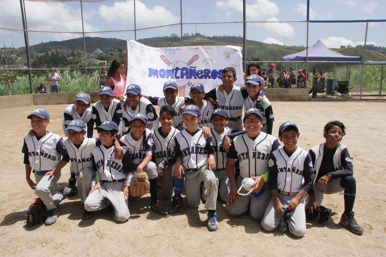 Montañeros son los monarcas del beisbol infantil interligas