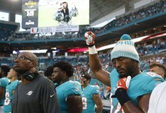 NFL: Jugadores protestan durante himno, Trump pide sanciones