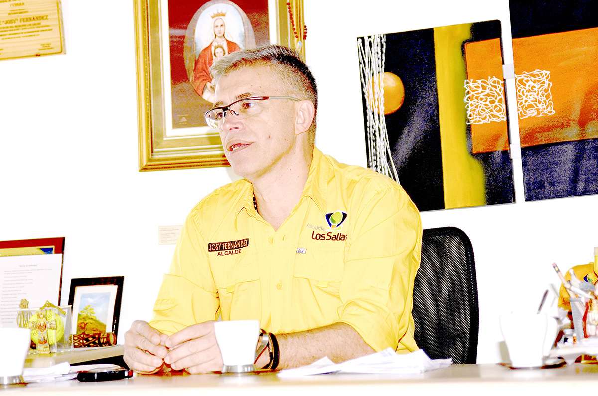 Josy pide unión a los partidos de oposición