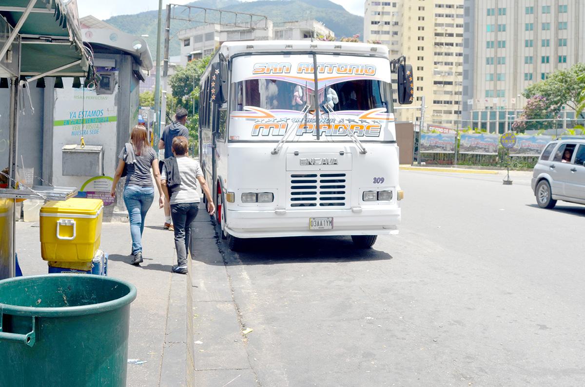Denuncian línea paralela de Caracas – Los Teques