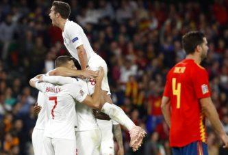 Inglaterra sorprendió a España en el Benito Villamarín