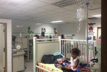 Aplauden labor de pediatras del hospital