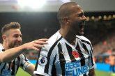 Salomón Rondón marcó doblete y consagró victoria del Newcastle